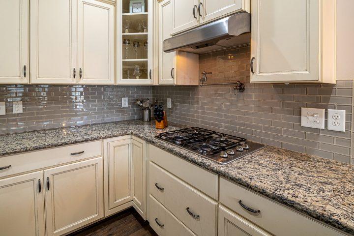 Hier zijn vijf belangrijke keukenapparaten die elk huis nodig heeft