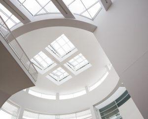 Uw plafond weer als nieuw met systeemplafonds
