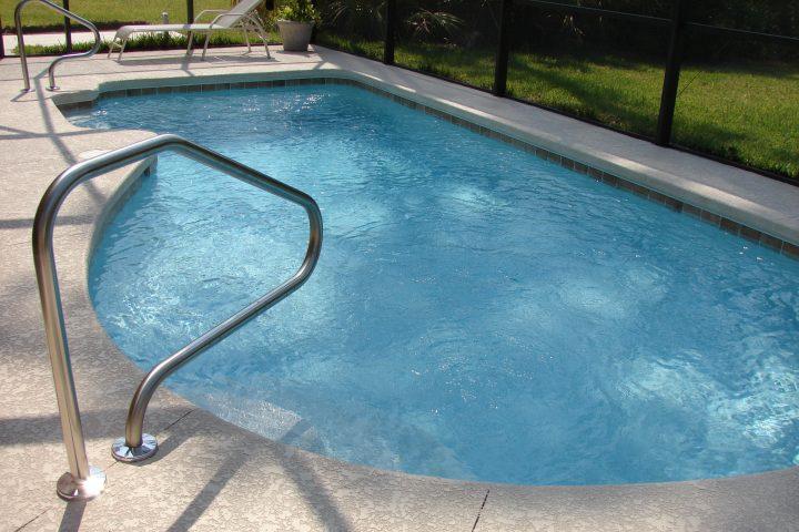 Zo duurzaam en hygiënisch mogelijk zwemmen in je eigen achtertuin
